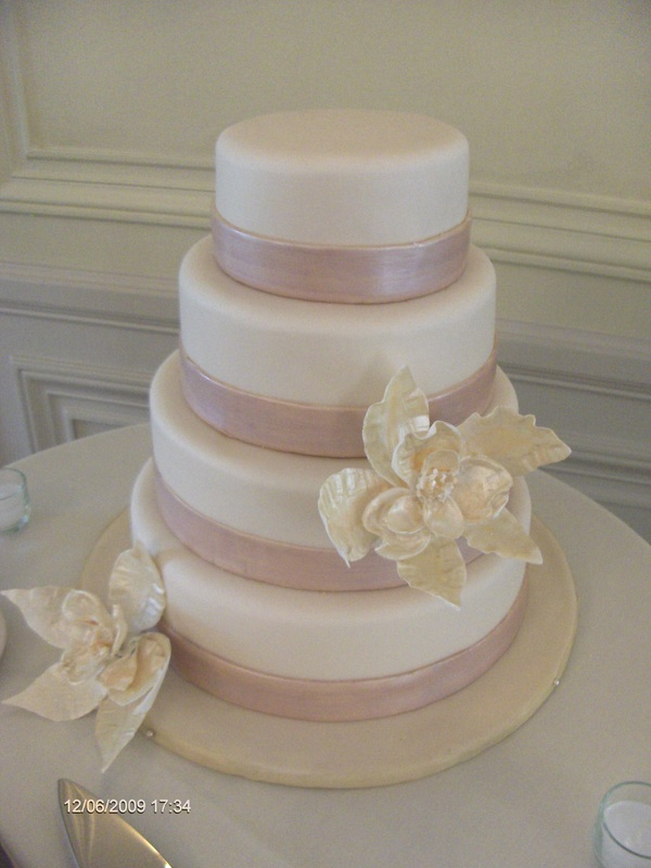 Elegant Wedding Cake Design : Elegant Wedding Cakes - Kate Repko Cake Designs